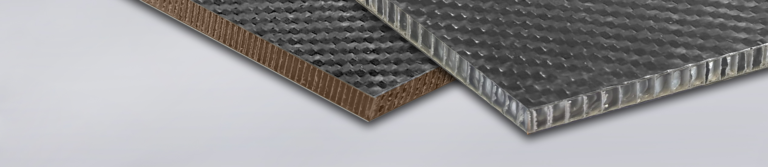 Carbonstep is a sandwich panel with skins in bidirectional carbon fabric.
